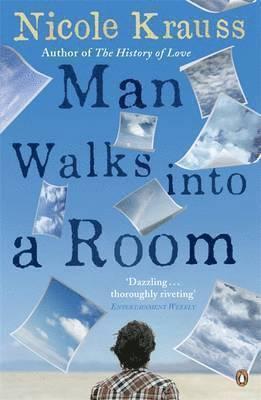 bokomslag Man Walks into a Room