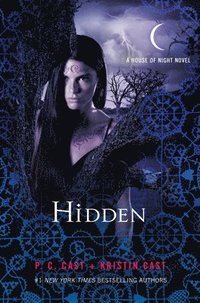 bokomslag Hidden: A House of Night Novel