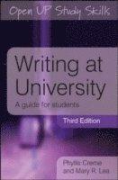 bokomslag Writing at University: A Guide for Students
