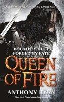 bokomslag Queen of Fire: Book 3 of Raven's Shadow