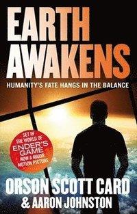 bokomslag Earth Awakens: Book 3 of the First Formic War