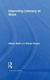 bokomslag Improving Literacy at Work