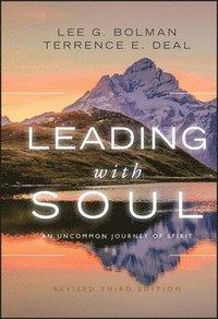 bokomslag Leading with Soul