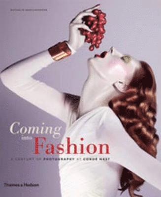 bokomslag Coming into Fashion