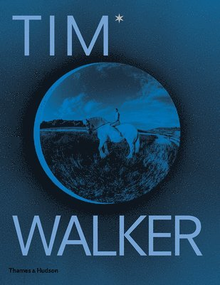bokomslag Tim Walker: Shoot for the Moon