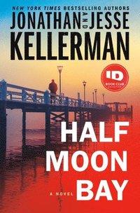bokomslag Half Moon Bay