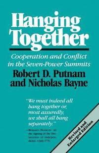 bokomslag Hanging Together (Paper)