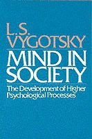 bokomslag Mind in Society: The Development of Higher Psychological Processes