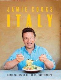 bokomslag Jamie Cooks Italy