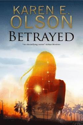 bokomslag Betrayed