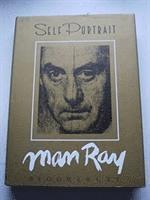 bokomslag Self Portrait