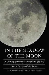 bokomslag In the Shadow of the Moon