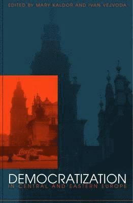 bokomslag Democratization in Central and Eastern Europe