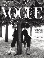 bokomslag In Vogue: An Illustrated History of the World's Most Famous Fashion Magazine