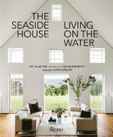bokomslag Seaside house - living on the water