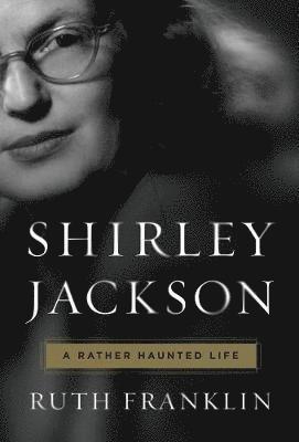 bokomslag Shirley jackson: a rather haunted life
