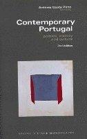 bokomslag Contemporary Portugal - Politics, Society, and Culture