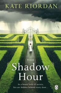bokomslag The Shadow Hour