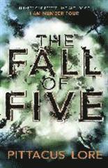 bokomslag The Fall of Five