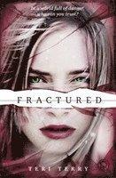 bokomslag Fractured: SLATED Trilogy Book 2
