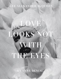 bokomslag Love Looks Not with the Eyes