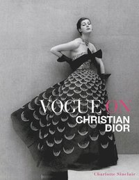 bokomslag Vogue on Christian Dior