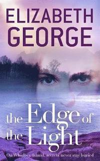 bokomslag Edge of the light - book 4 of the edge of nowhere series