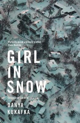 bokomslag Girl in Snow