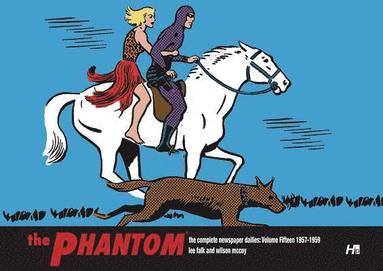 bokomslag The Phantom the Complete Newspaper Dailies by Lee Falk and Wilson McCoy: Volume Fifteen 1957-1958