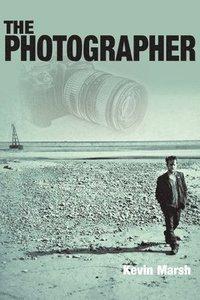 bokomslag The Photographer