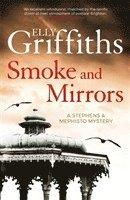 bokomslag Smoke and Mirrors