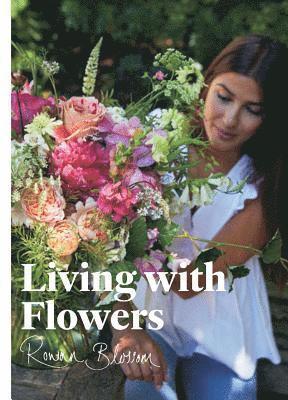 bokomslag Living with Flowers