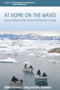 bokomslag At Home on the Waves