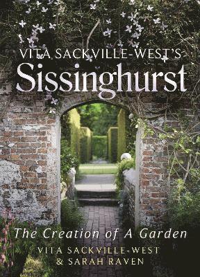 bokomslag Vita Sackville-West's Sissinghurst: The Creation of a Garden