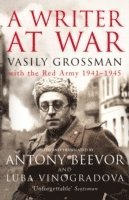 bokomslag A Writer At War