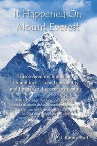 bokomslag It Happened on Mount Everest