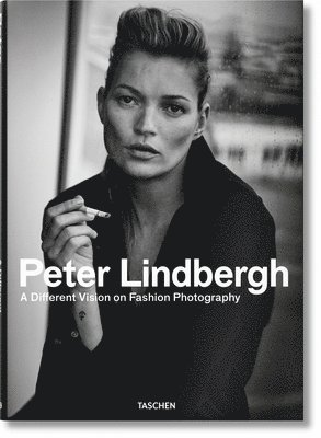 bokomslag Peter Lindbergh: A Different Vision on Fashion Photography