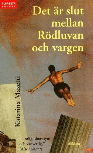 bokomslag Det är slut mellan Rödluvan och vargen (pocket)