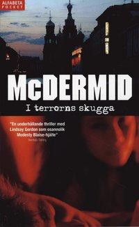 bokomslag I terrorns skugga