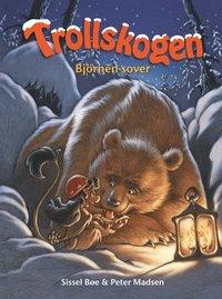 bokomslag Trollskogen. Björnen sover