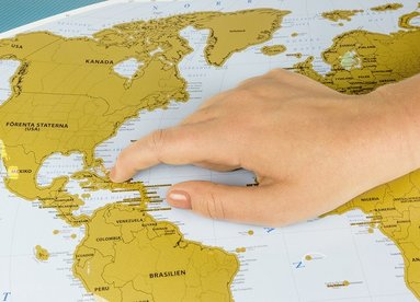 bokomslag Skrapkarta över världen