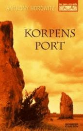 bokomslag Korpens port