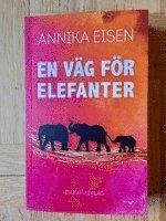 bokomslag En väg för elefanter