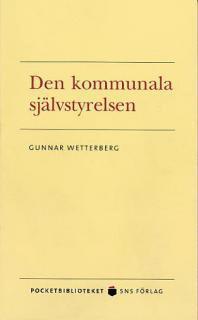 bokomslag Den kommunala självstyrelsen