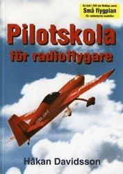 bokomslag Pilotskola för radioflygare