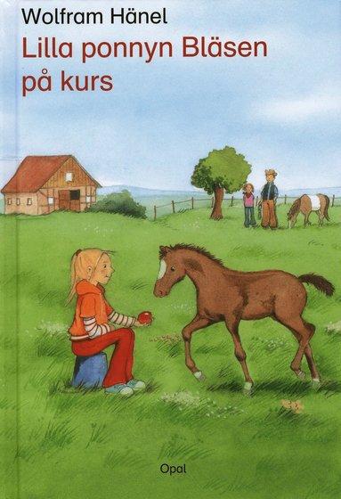 bokomslag Lilla ponnyn Bläsen på kurs