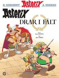 bokomslag Asterix drar i fält