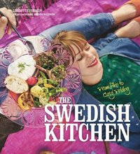 bokomslag The Swedish kitchen : from fika to cosy Friday