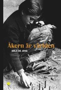 bokomslag Åkern är världen