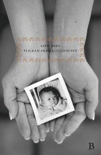 bokomslag Flickan från Lotusfälten